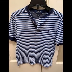 Henley tee for boys size 10 - very good condition